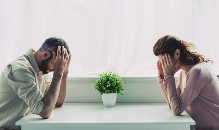 Catia Pompoarismo Casal em Crise no relacionamento