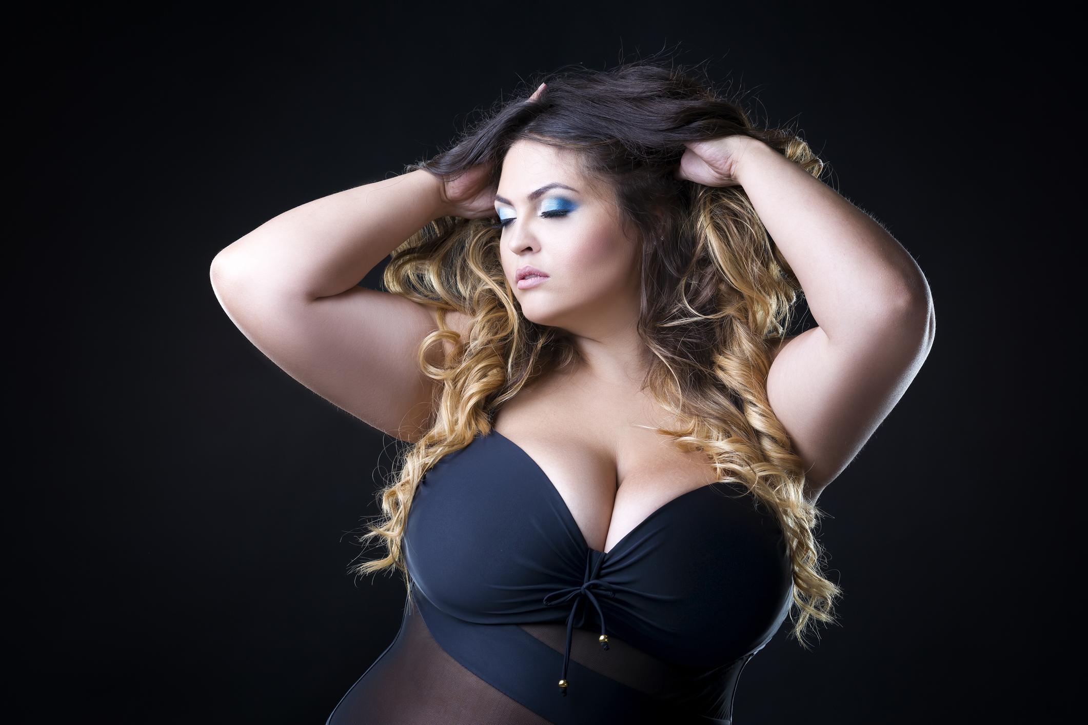 catia-pompoarismo-Curvy Girl Sexy empoderada