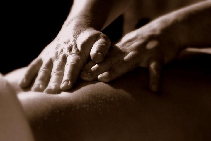 como fazer massagem sensual