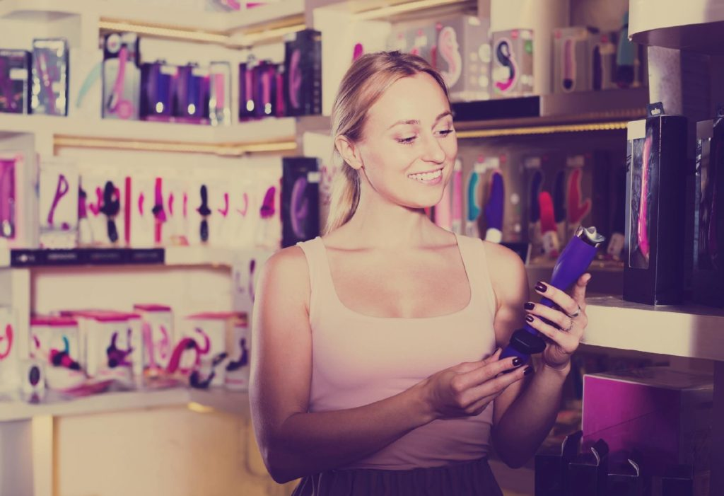 Como usar vibrador - não existe um tipo perfeito de vibrador, pois cada mulher sente prazer de maneiras diferentes.